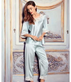 Пижама с кружевной отделкой PIJ016