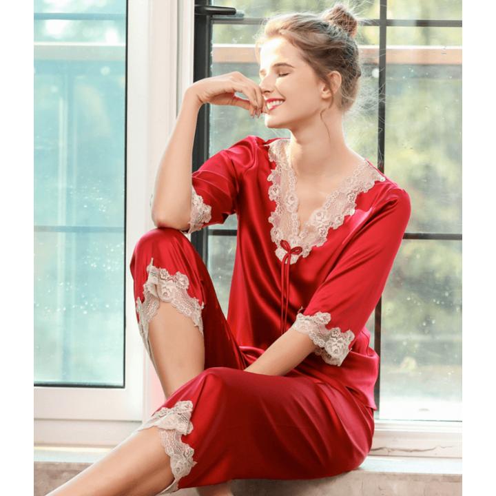 Пижама с кружевной отделкой PIJ021