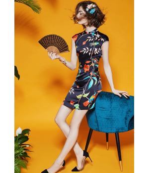 Платье из шелкового стрейч-атласа высокой плотности PLA042